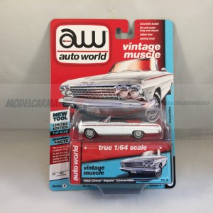 Auto World Vintage Muscle 1962 Chevy Impala Convertible