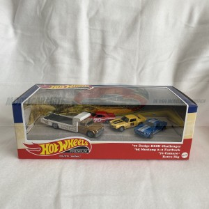 Hot Wheels Car Culture Premium Series Going To The Races Diorama